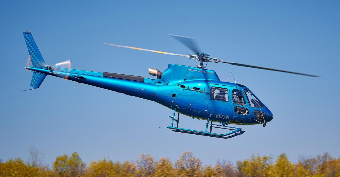 Helikopter Douphin AS365 Airbus. -IST-